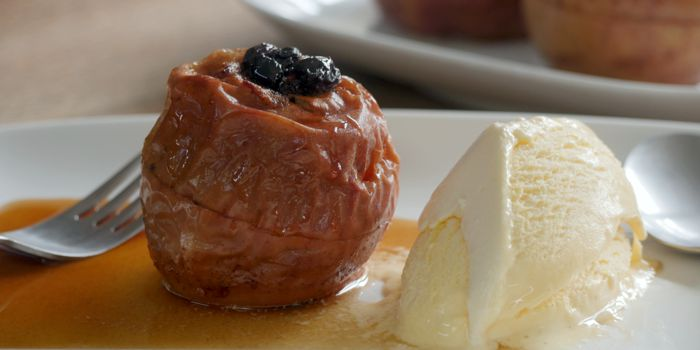 Baked Apple with Sultanas Recipe