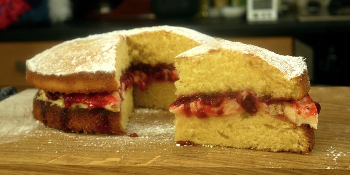 Victoria Sponge Sandwich Cake Recipe